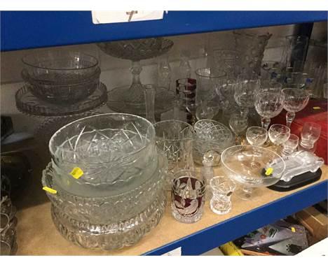 Group of assorted glass ware to include comports, bowls, Edinburgh crystal glasses in box and other items (qty)Condition repo