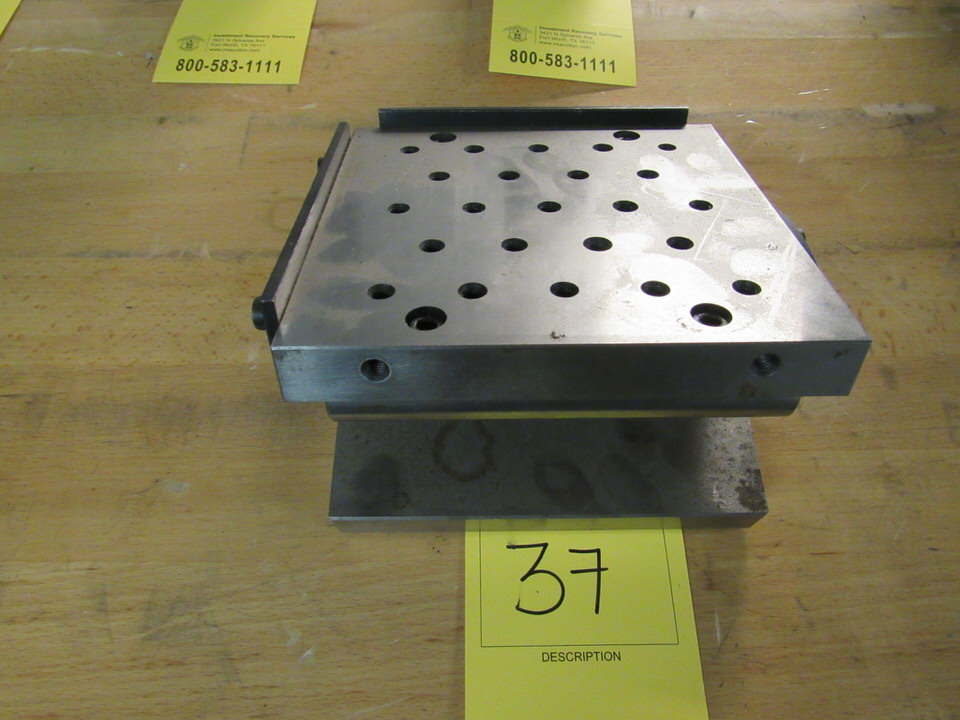 "Lot 37 - Sine Plate 6"" x 6"" with Sine Bars"