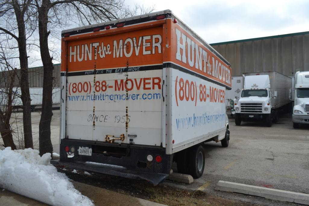 2002 Chevrolet Cut-Away 14 ft. Box Truck Model C3500, VIN 1GBJG31R121112614, 14 ft. Mover Body, Dua - Image 3 of 3