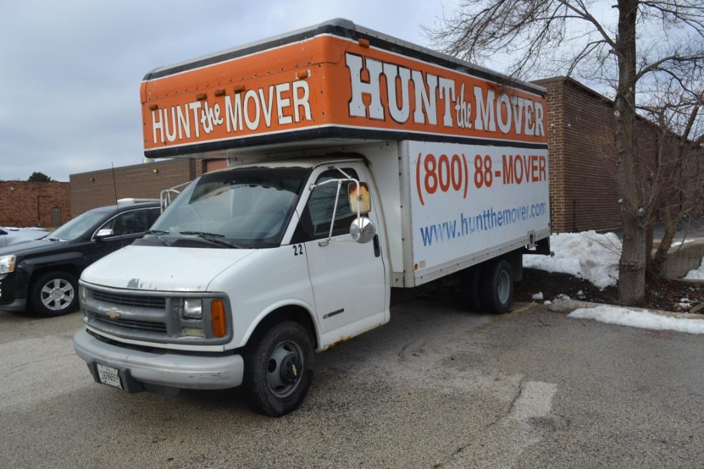 2002 Chevrolet Cut-Away 14 ft. Box Truck Model C3500, VIN 1GBJG31R121112614, 14 ft. Mover Body, Dua - Image 2 of 3