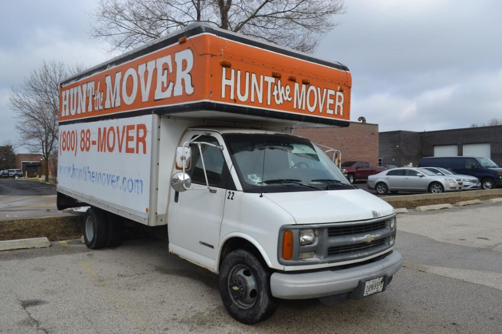 2002 Chevrolet Cut-Away 14 ft. Box Truck Model C3500, VIN 1GBJG31R121112614, 14 ft. Mover Body, Dua