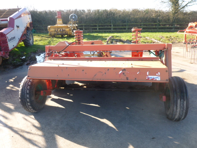 Lot 1321 - TAARUP 337 TRAILED MOWER CONDITIONER