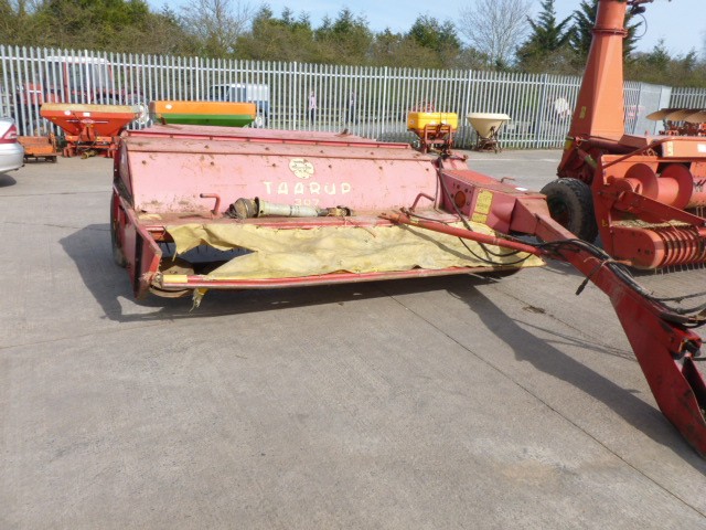 Lot 1303 - TAARUP 307 MOWER/CONDITIONER 9FT CUT IWO