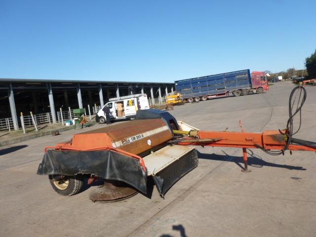 Lot 1307 - PZ 265A TRAILER 4 DRUM MOWER HYDRAULIC DRAW BAR