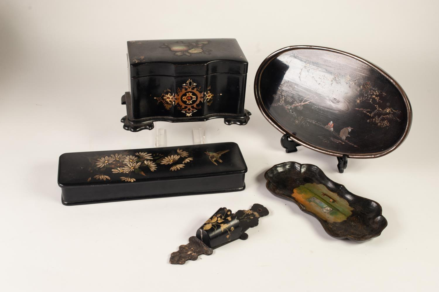 Lot 356 - FIVE PIECES OF NINETEENTH CENTURY PAINTED OR INLAID BLACK LACQUERED WARE, comprising: SERPENTINE