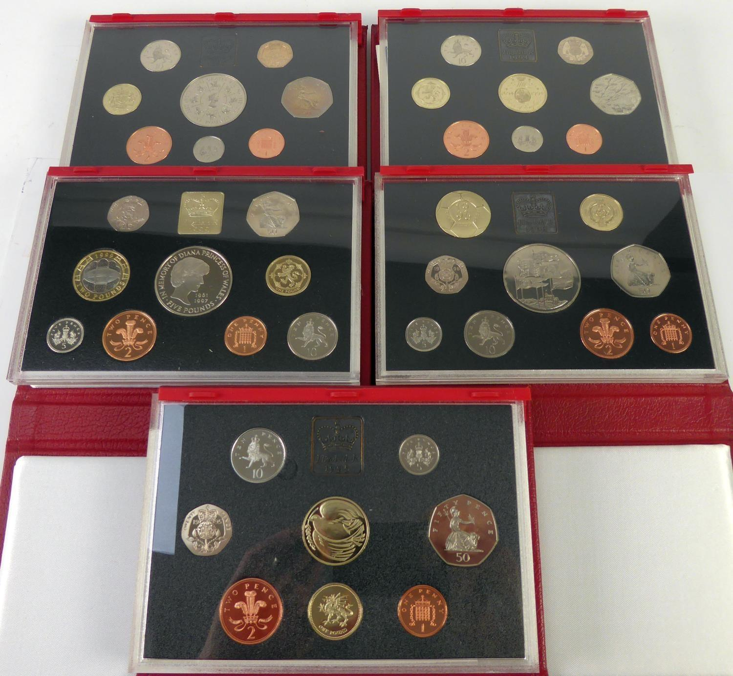 Lot 68 - ROYAL MINT ISSUED COMMEMORATIVE COIN SETS 1990-1999, in original boxes unused (6)