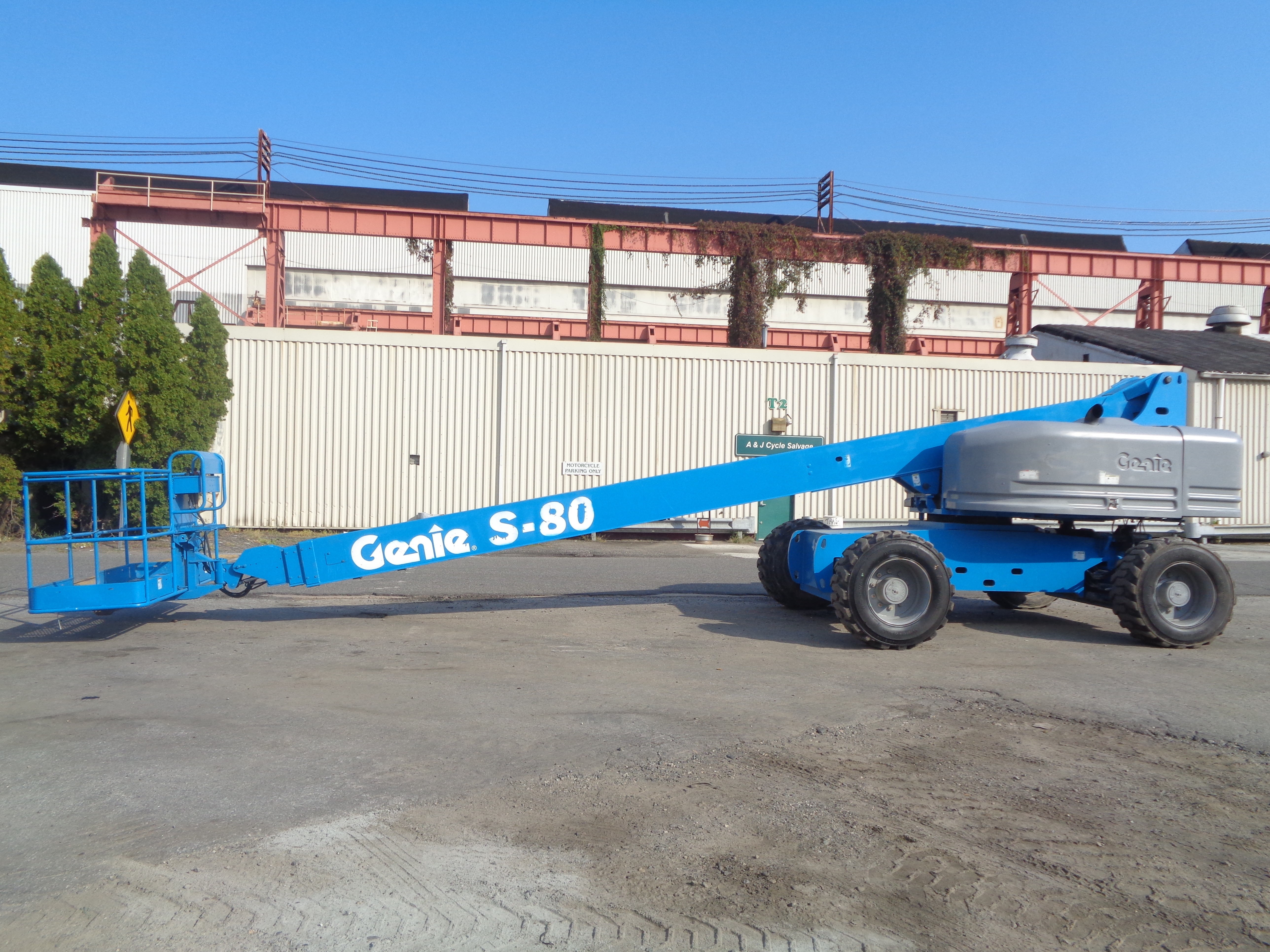 Genie S80 80ft Boom Lift