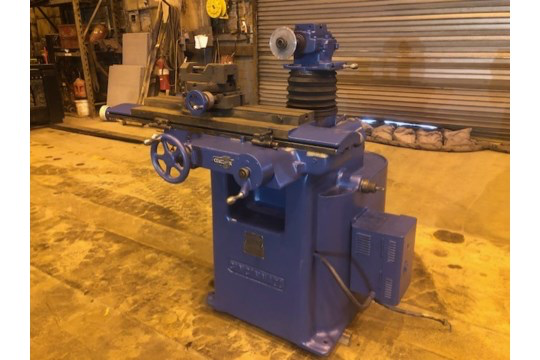 Cincinnati Tool and Cutter Grinder with Rotary Table and Vice - Image 2 of 2