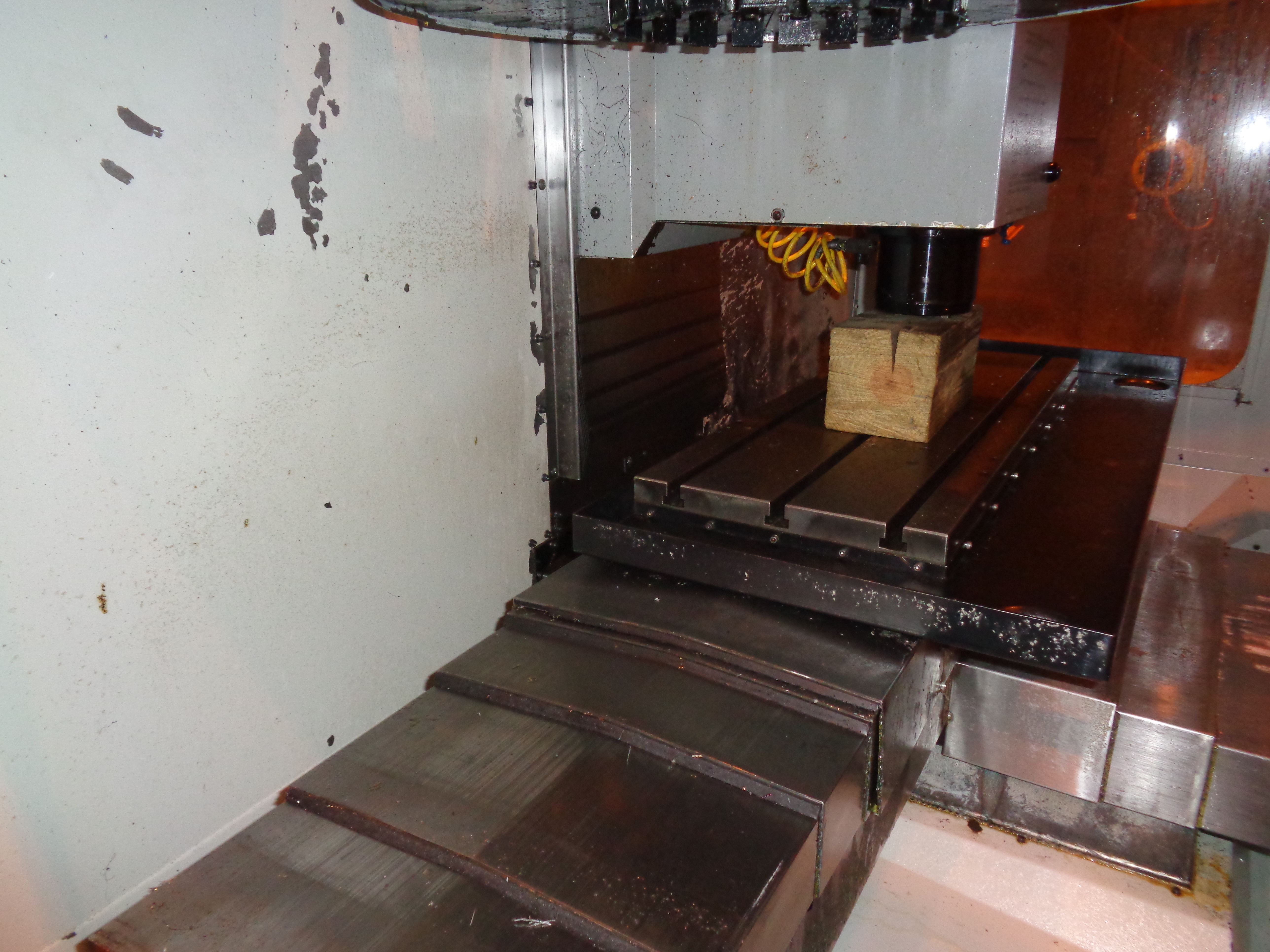 Haas VF-0E CNC Vertical Machining Center - Image 23 of 27