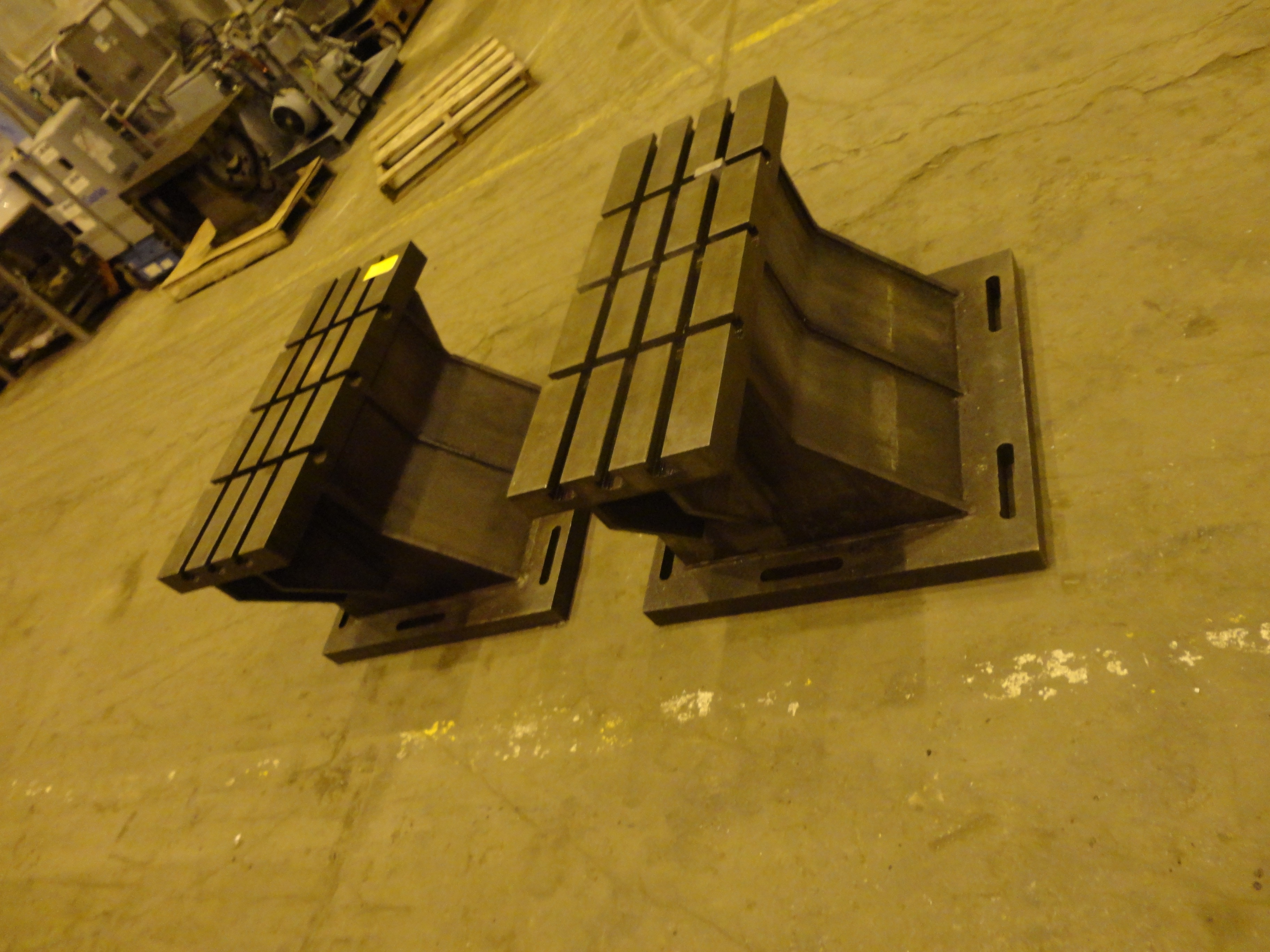 """Set of 2 T-Slotted Riser Blocks Knee Hold Down Plates 42""""L x 16"""" W x 25""""H - Image 7 of 13"""