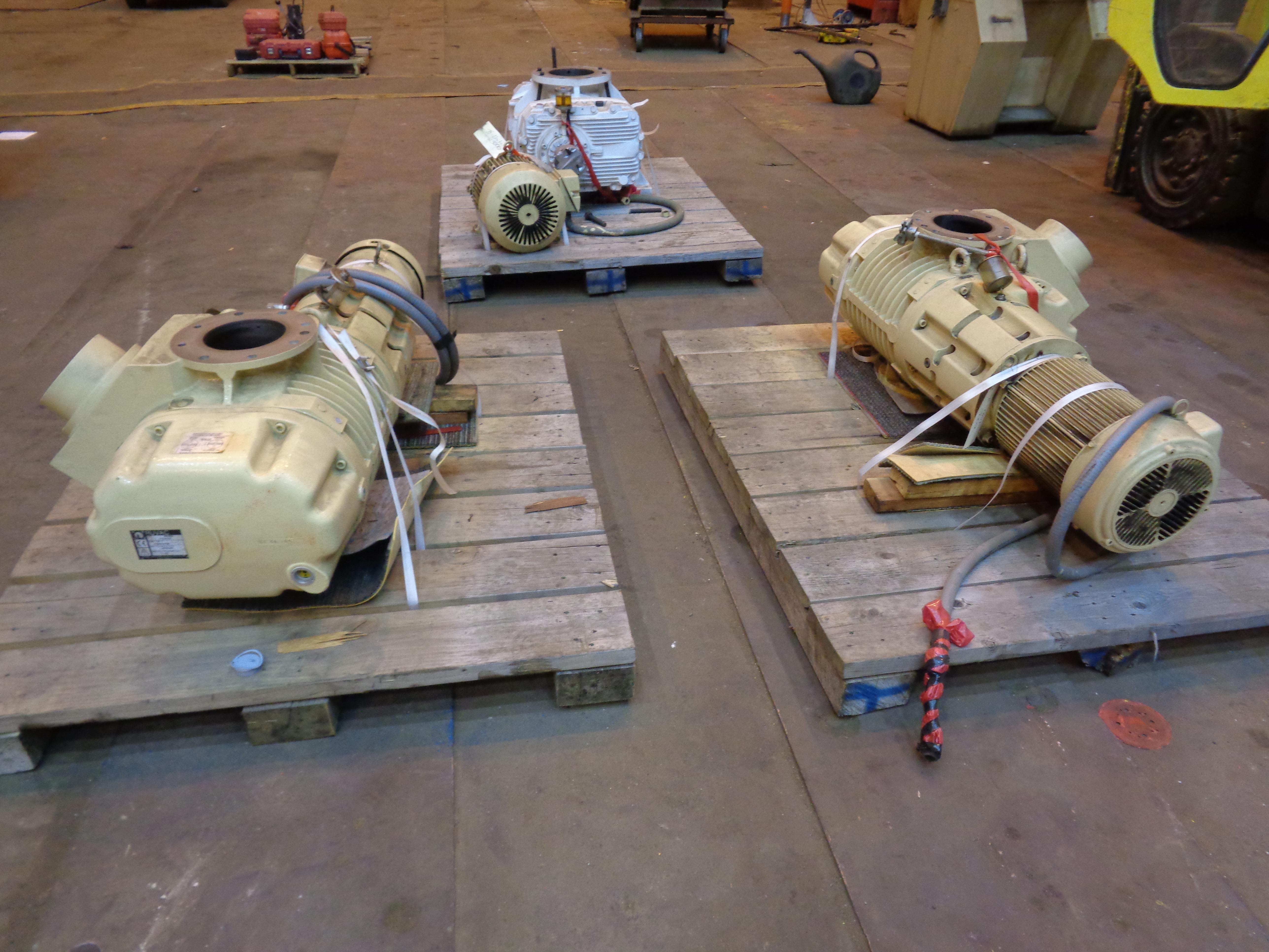 Lot of 3 Vacuum Pumps - Image 2 of 26