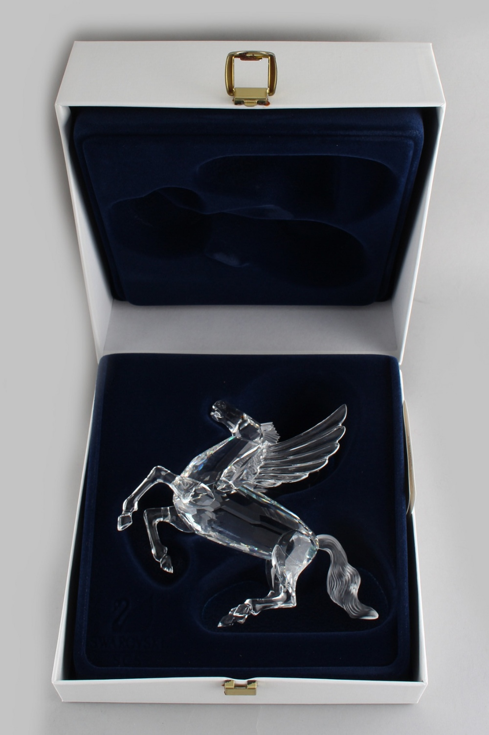 A private collection of Swarovski crystal glass - Pegasus, the 1998 Annual Edition 'Fabulous - Image 2 of 2