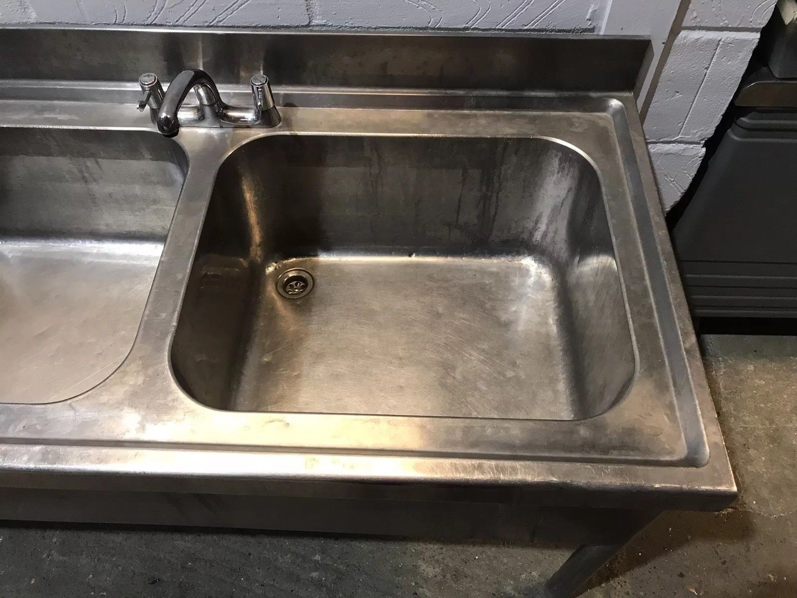 Stainless Steel Double Bowl Sink with Lefthand Drainer Upstand and Shelf - Image 4 of 6