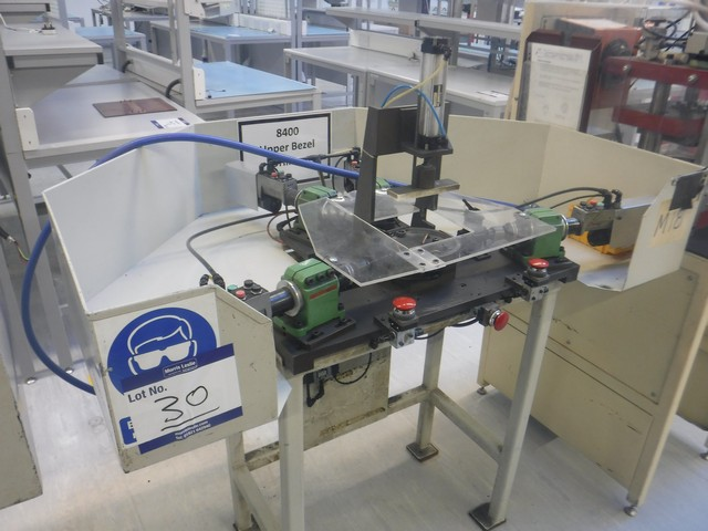 Lot 1030 - Desoutter precision drills x4 and bench
