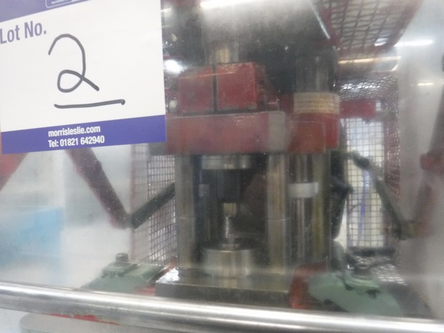 Lot 1002 - HARE 5BS hydraulic press SN - 7720411