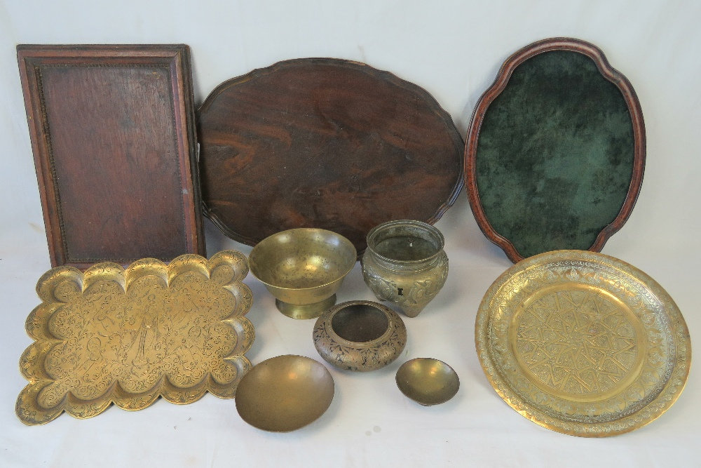 Lot 565 - Three assorted trays, various sizes.