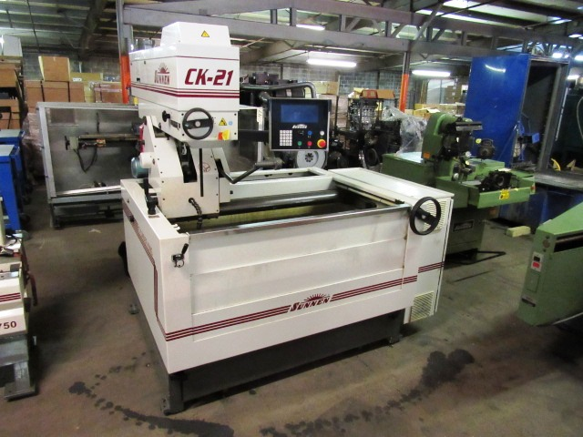 Sunnen Model CK-21-D Automatic Vertical Honing Machine