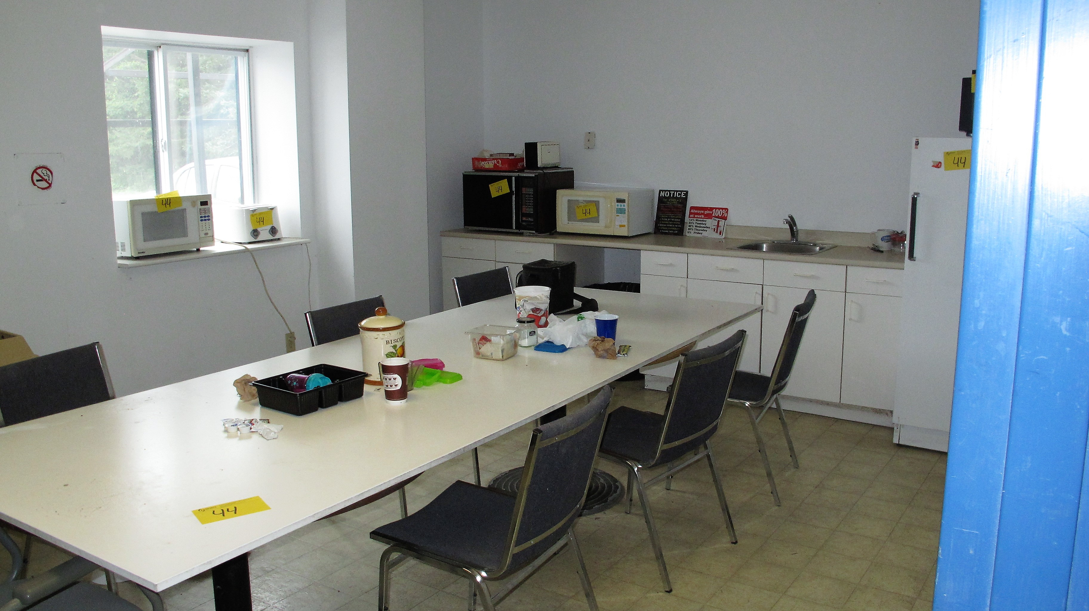 Lot 44 - LOOSE CONTENTS OF BREAK ROOM INCLUDING TABLE, CHAIRS, FRIDGE, MICROWAVES, TOASTER, ETC. (NO PERSONAL