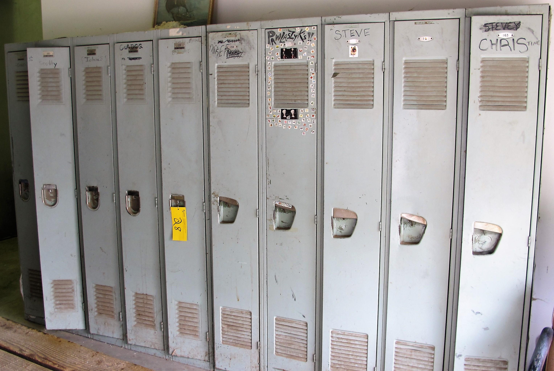 Lot 28 - BANK OF LOCKERS, (10) DOORS