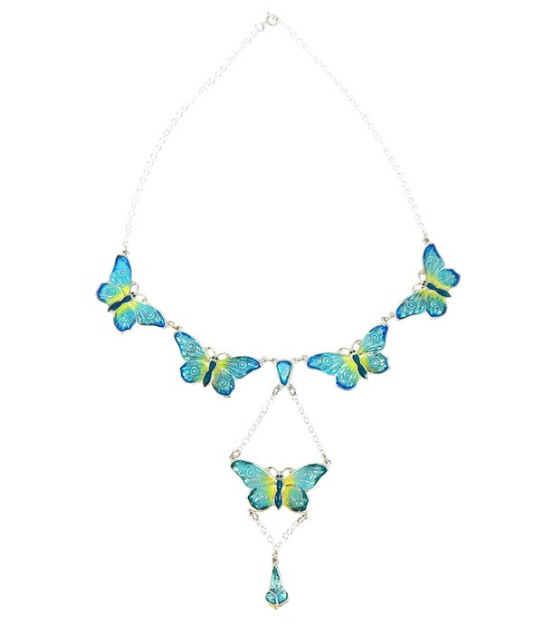 Lot 46 - A Butterfly Shape Necklace.