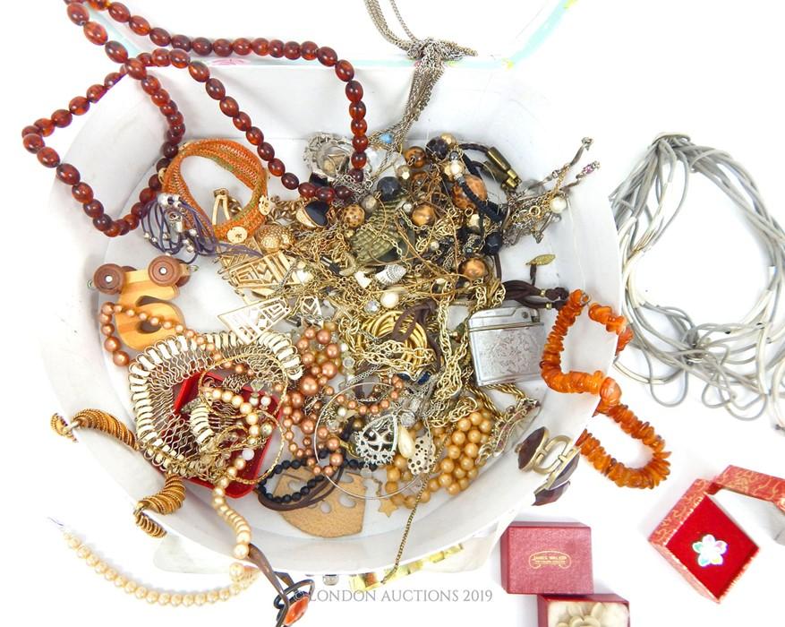Lot 28 - A Quantity Of Costume Jewellery.