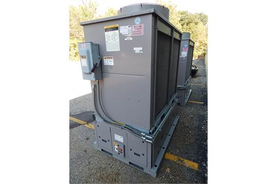 Carrier Aquasnap 30ra-900-50 Air Cooled Liquid Chiller with
