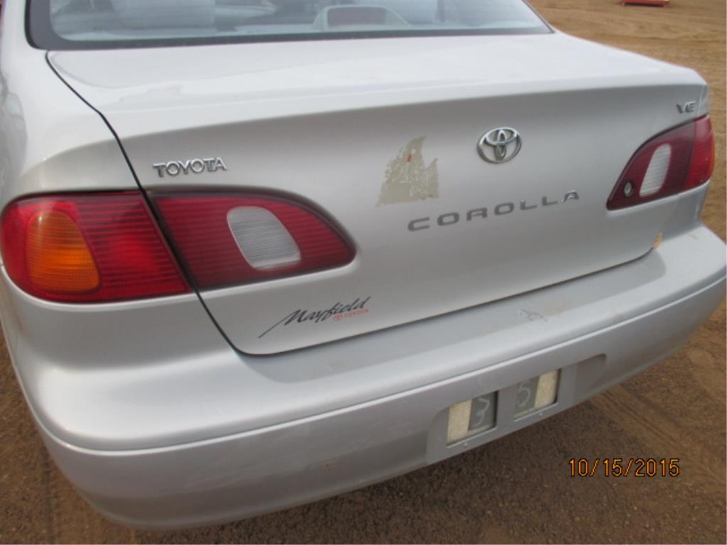 Lot 27 - Toyota 4-Door Car VIN  2T1BR12E9YC804263