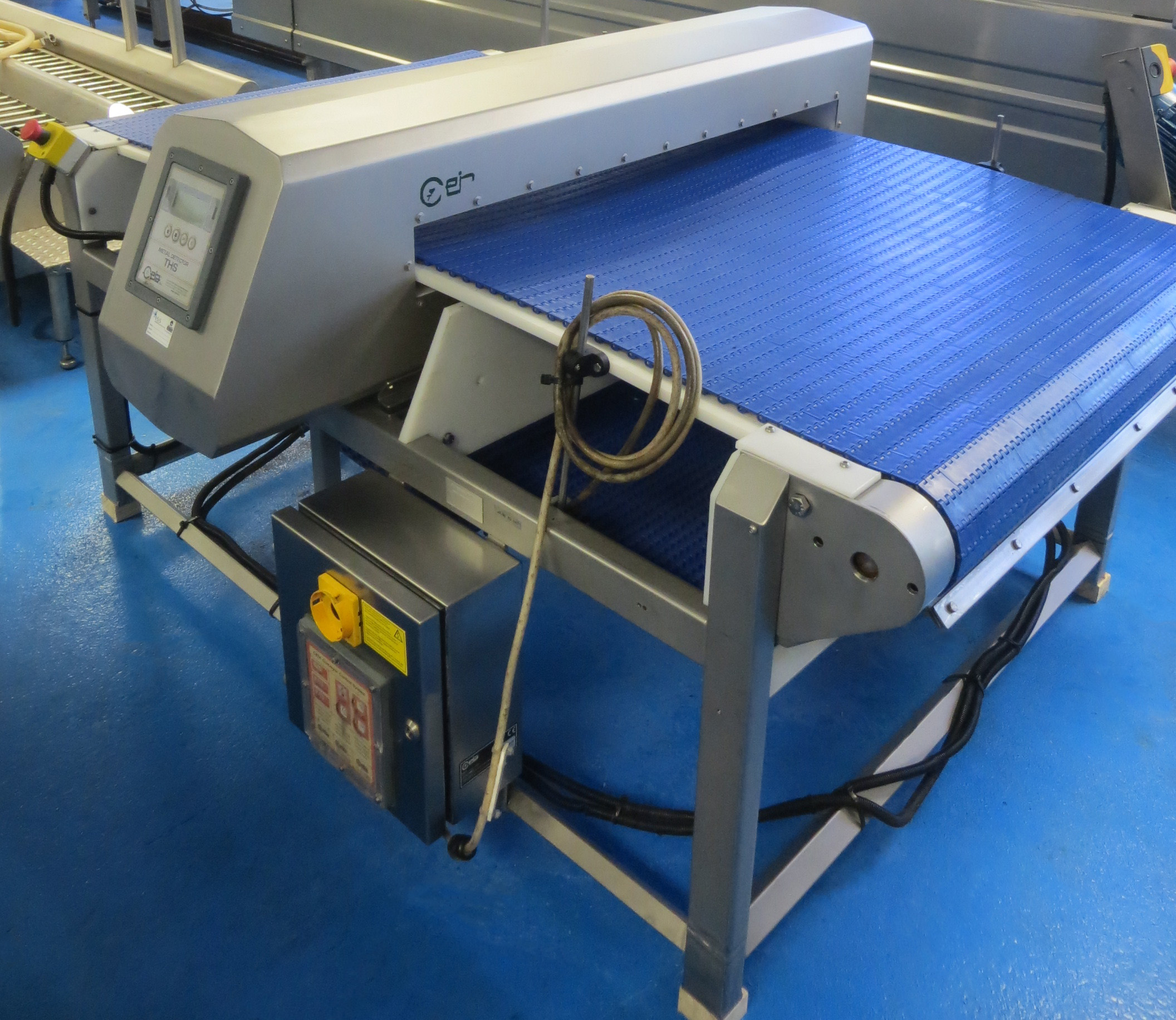 Jew Detector: 1 X CEIA Metal Detector. All S/s Machine. Aperture Size