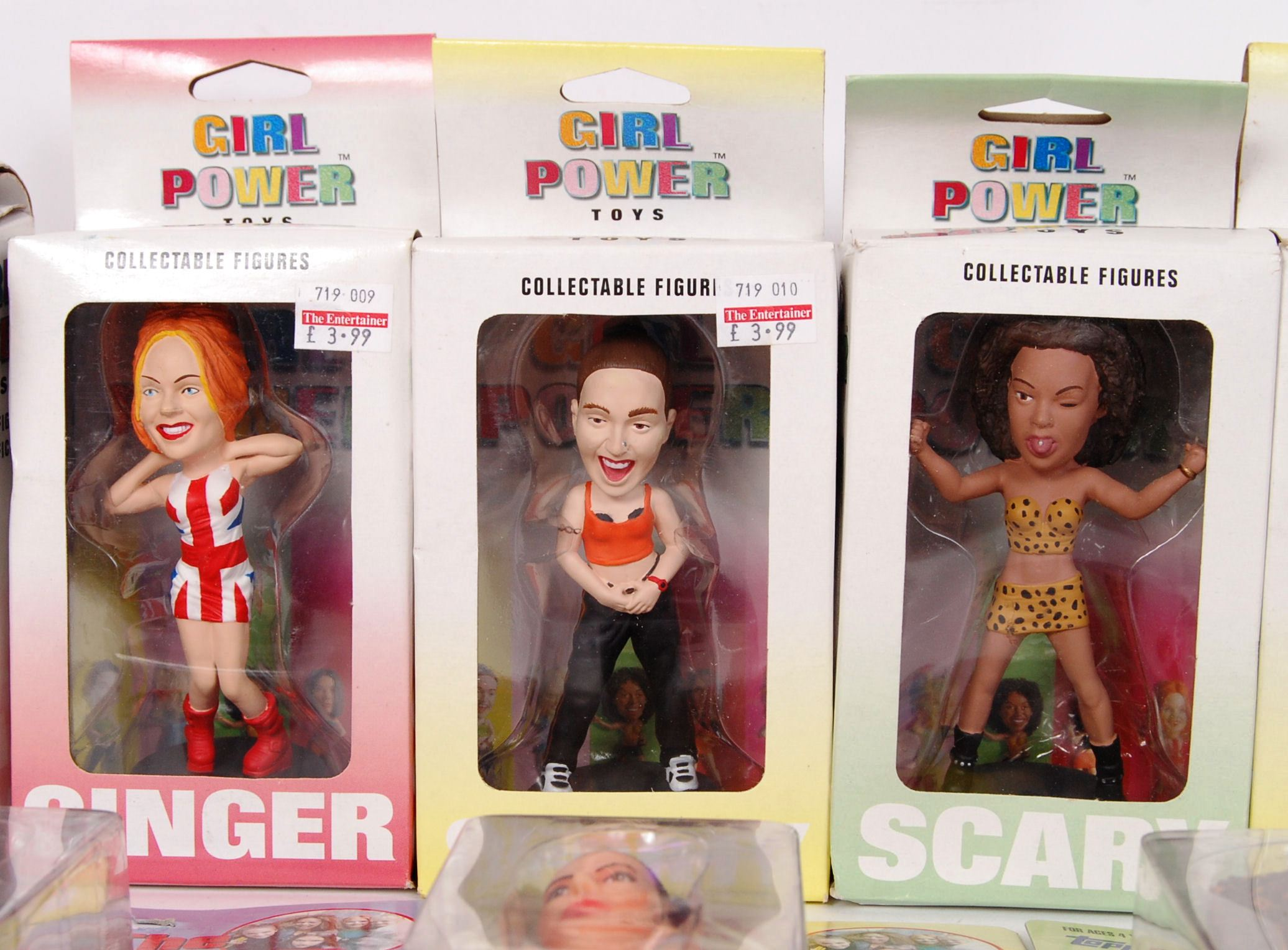 Lot 19 - SPICE GIRLS FIGURES