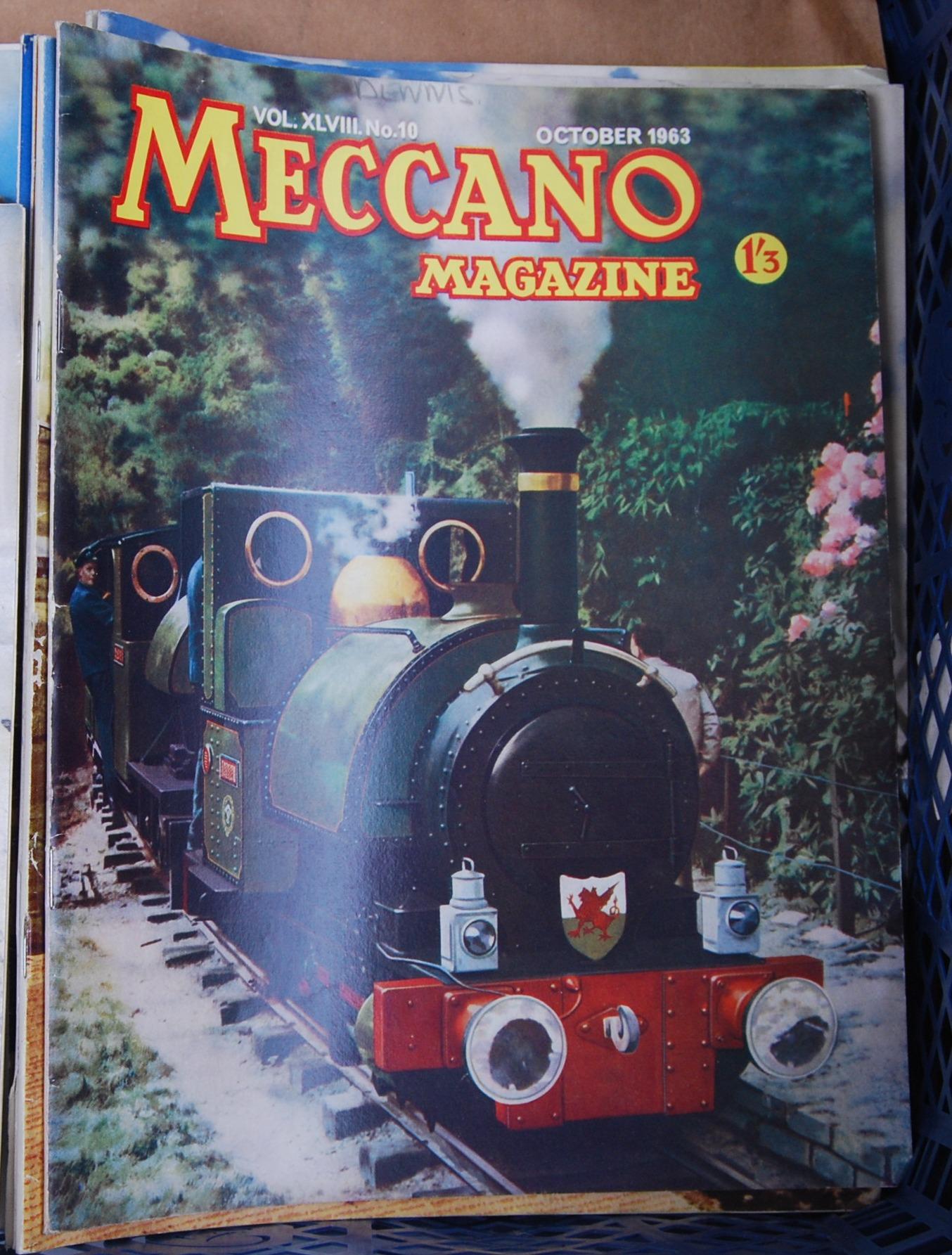 Lot 25 - VINTAGE MECCANO