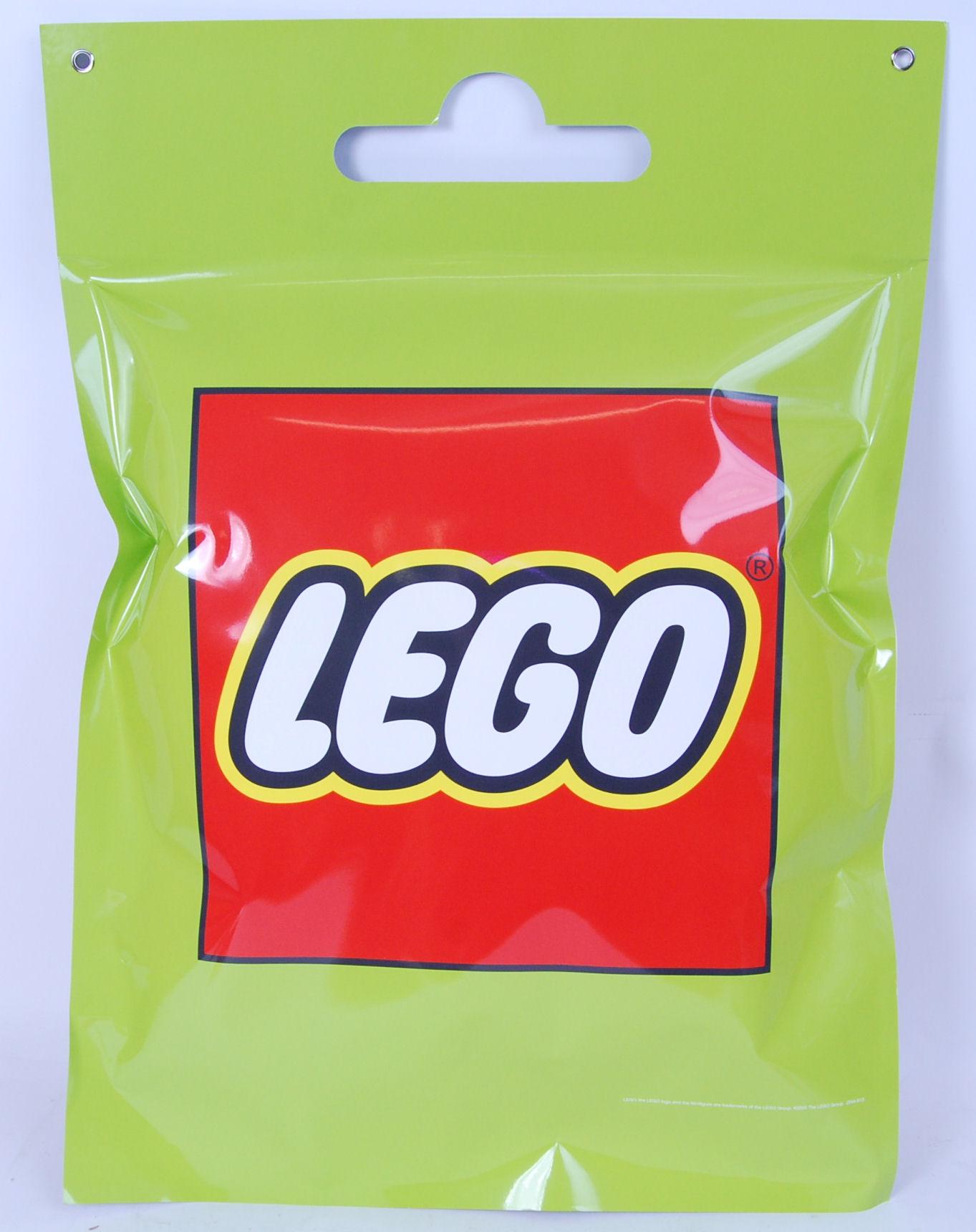 Lot 7 - LEGO