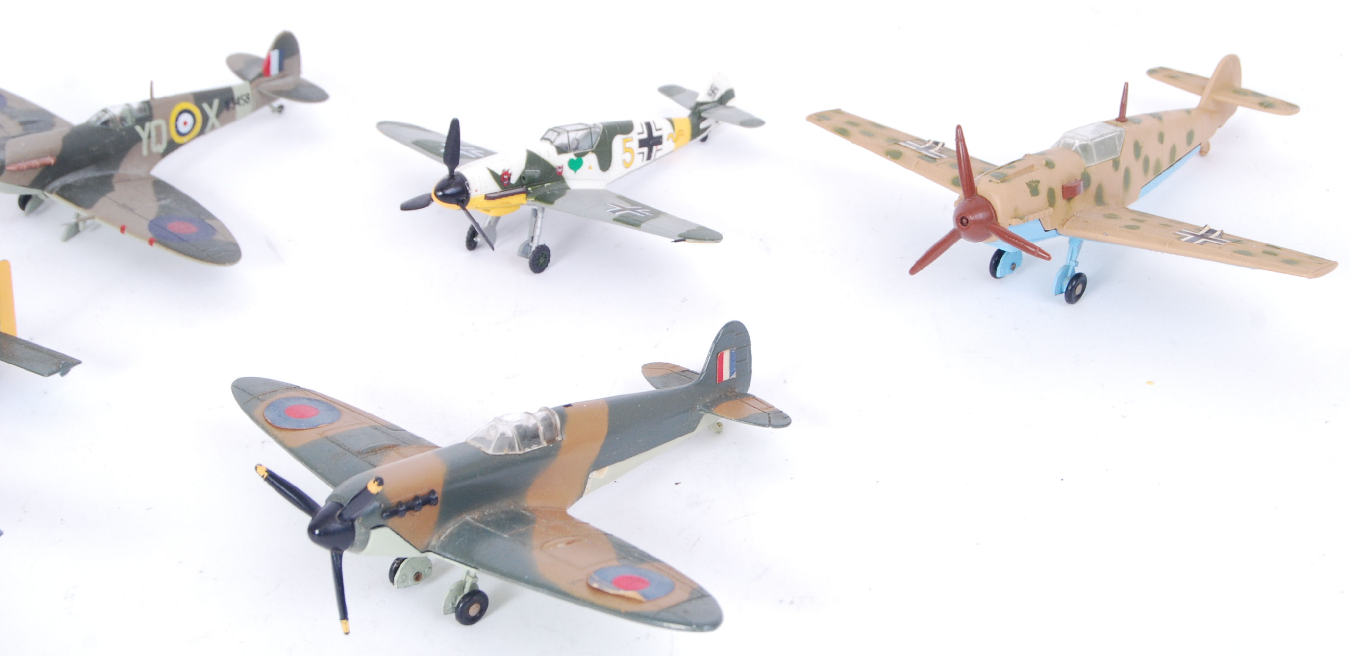 Lot 5 - DINKY FIGHTER PLANES