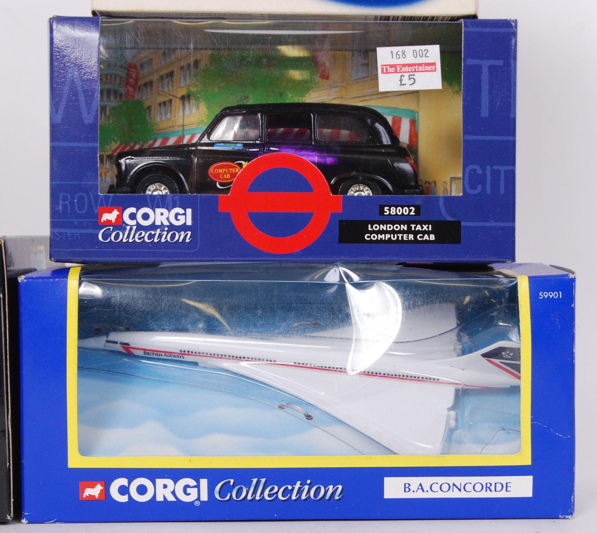 Lot 21 - CORGI, BURAGO