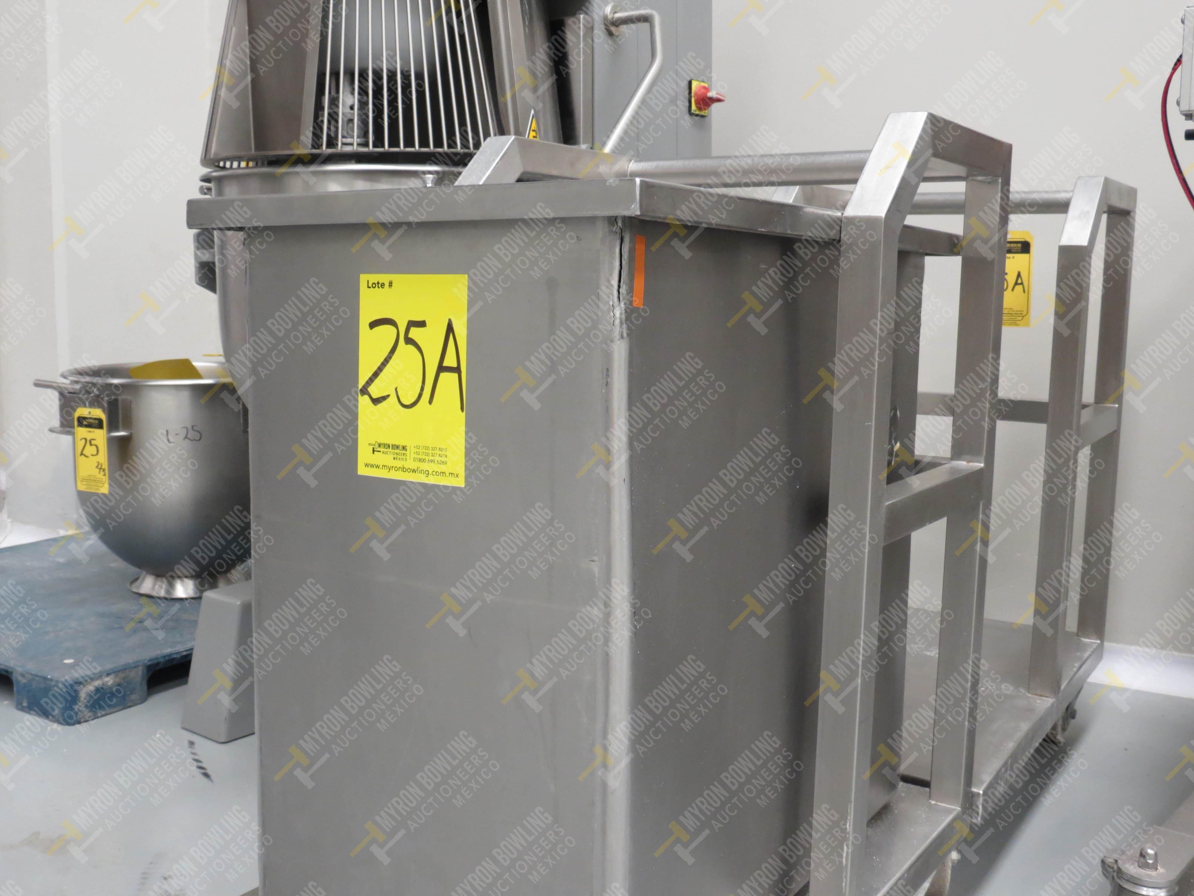 2 Carros de acero inoxidable de medidas de 55 x 75 x 90 cm y 1 contenedor con tapas … - Image 4 of 4