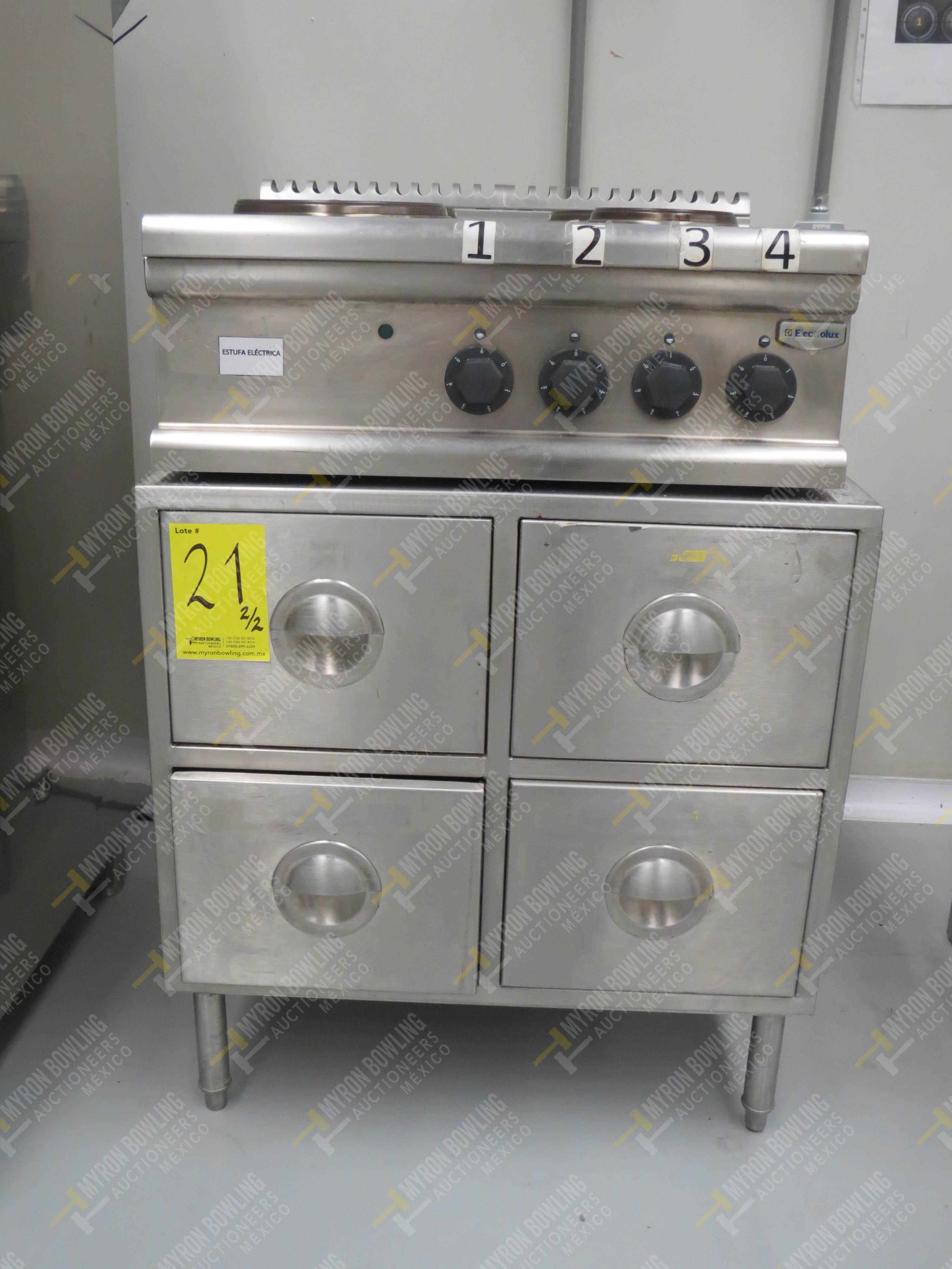 Estufa eléctrica de cuatro quemadores marca Electrolux de medidas 70 x 70 x 30 cm, … - Image 3 of 6