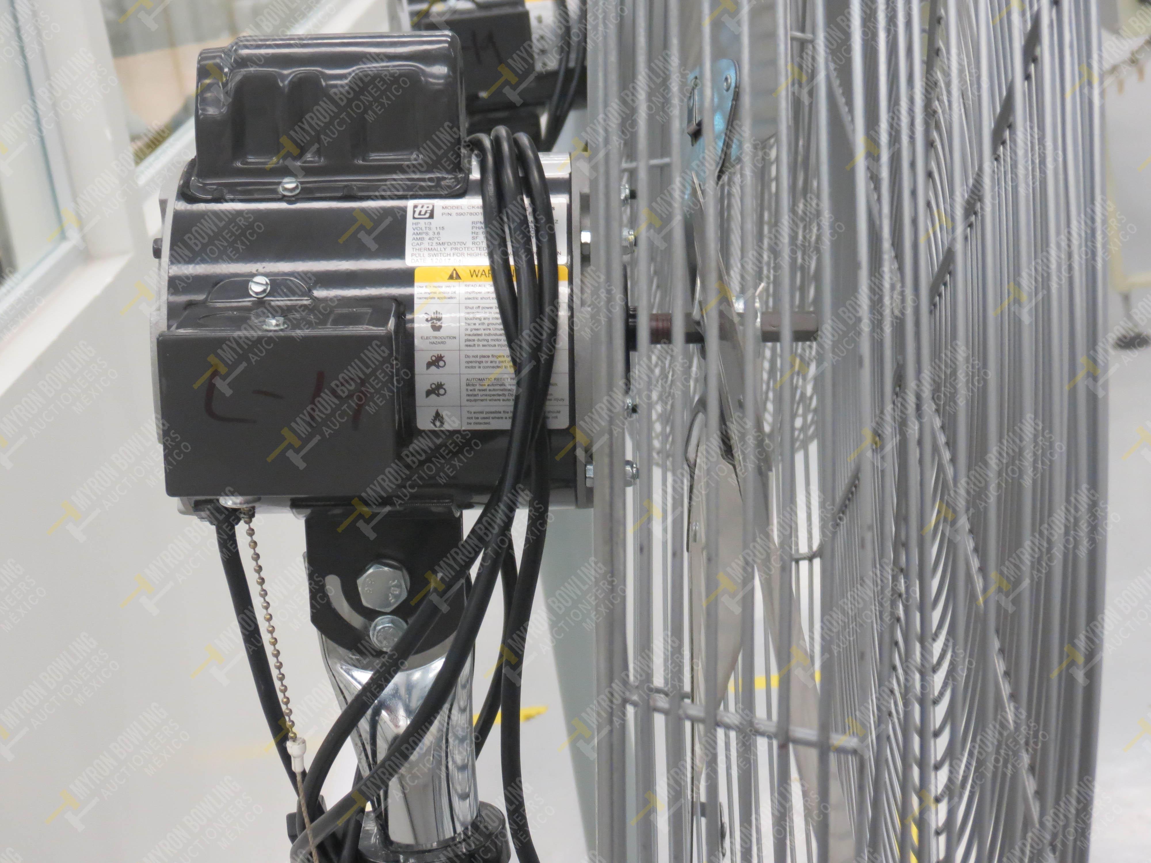 Ventilador de pedestal de 80 cm de diámetro marca TPI Industrial, Modelo CK48HF12JS26, … - Image 4 of 4