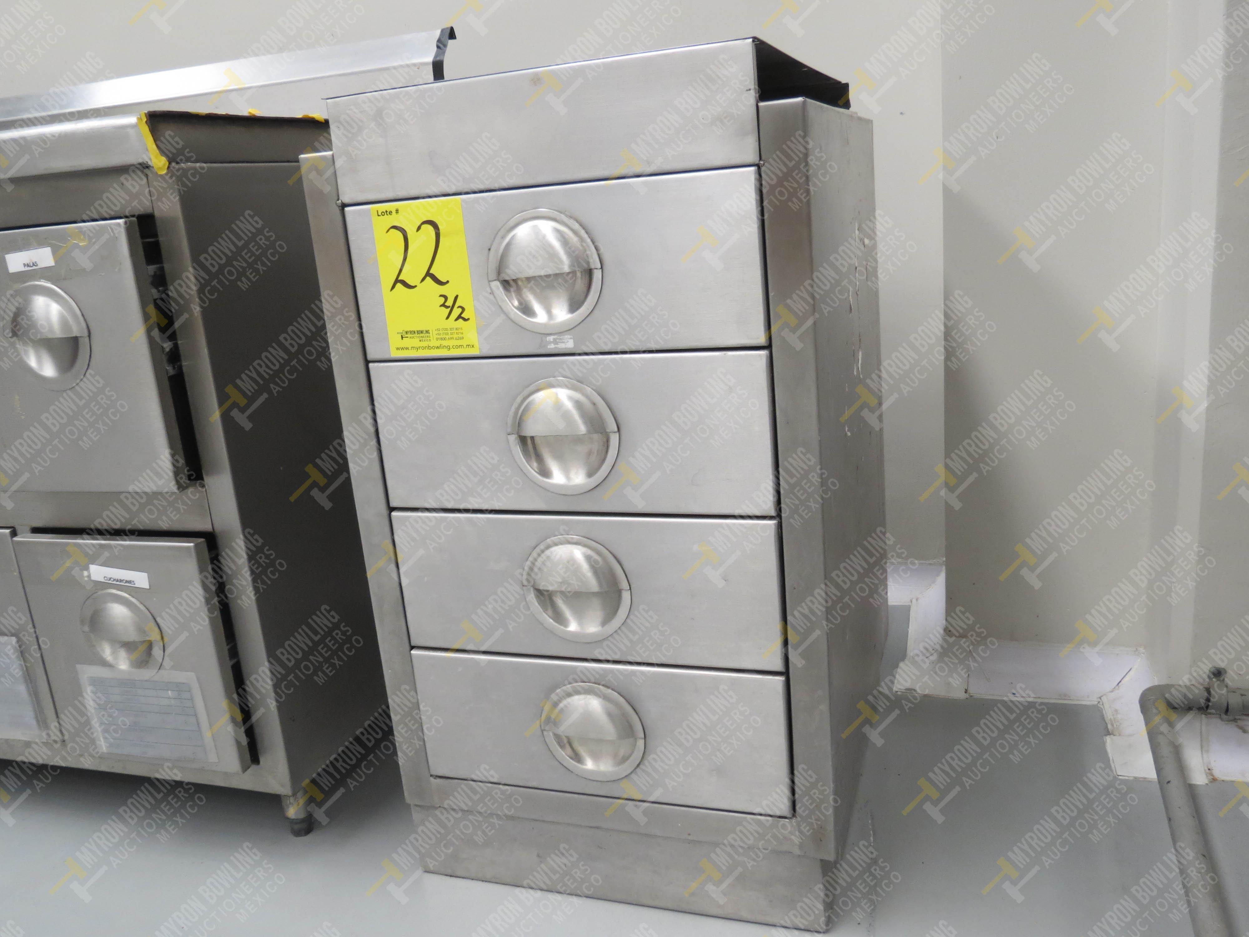 Estante en acero inoxidable con 4 cajones y dos puertas abatibles medidas 1.83 x .70 x .90 - Image 8 of 8