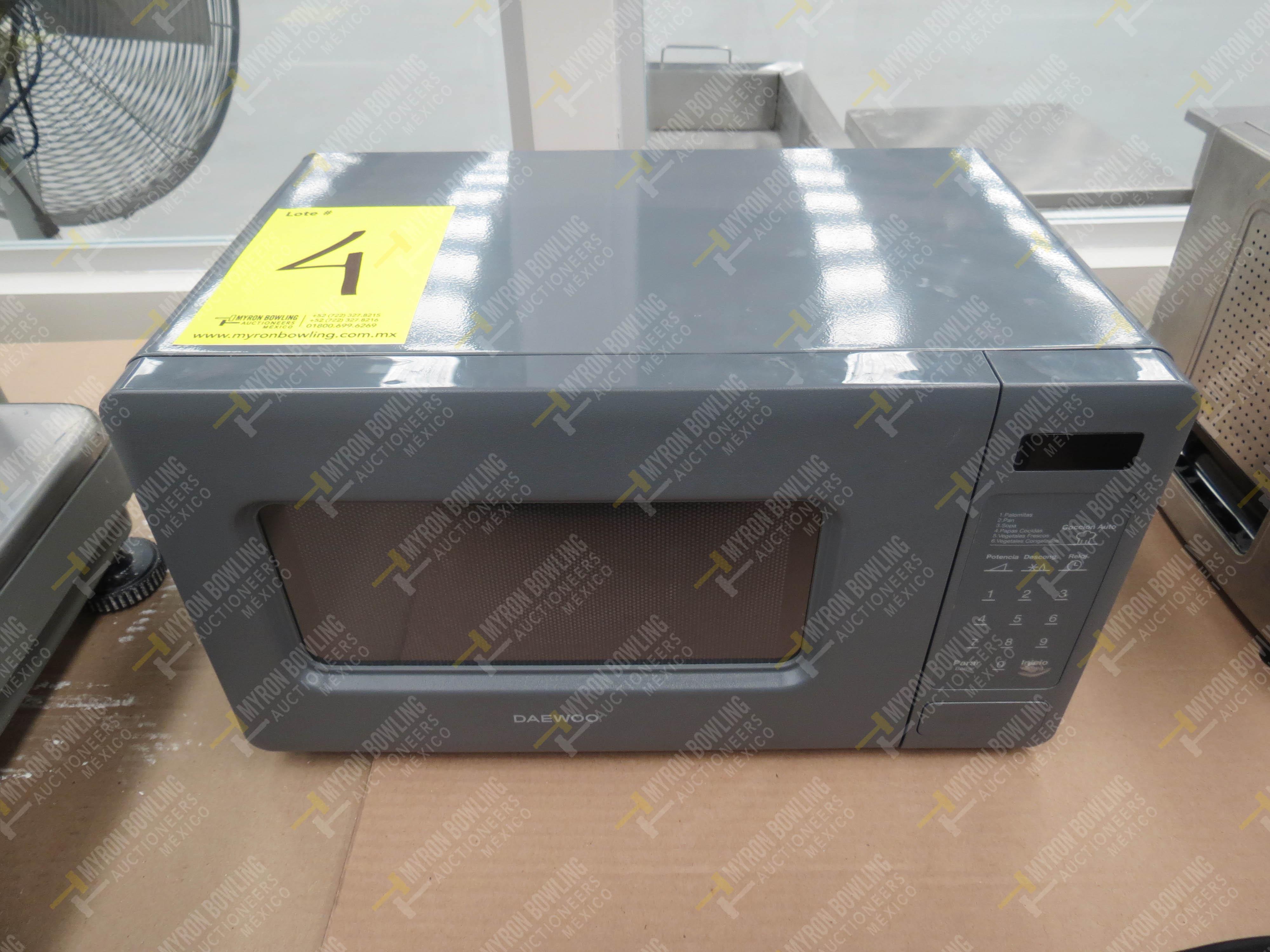 Horno de microondas marca Daewoo, Modelo K0R-667DG, No. de Serie 30850