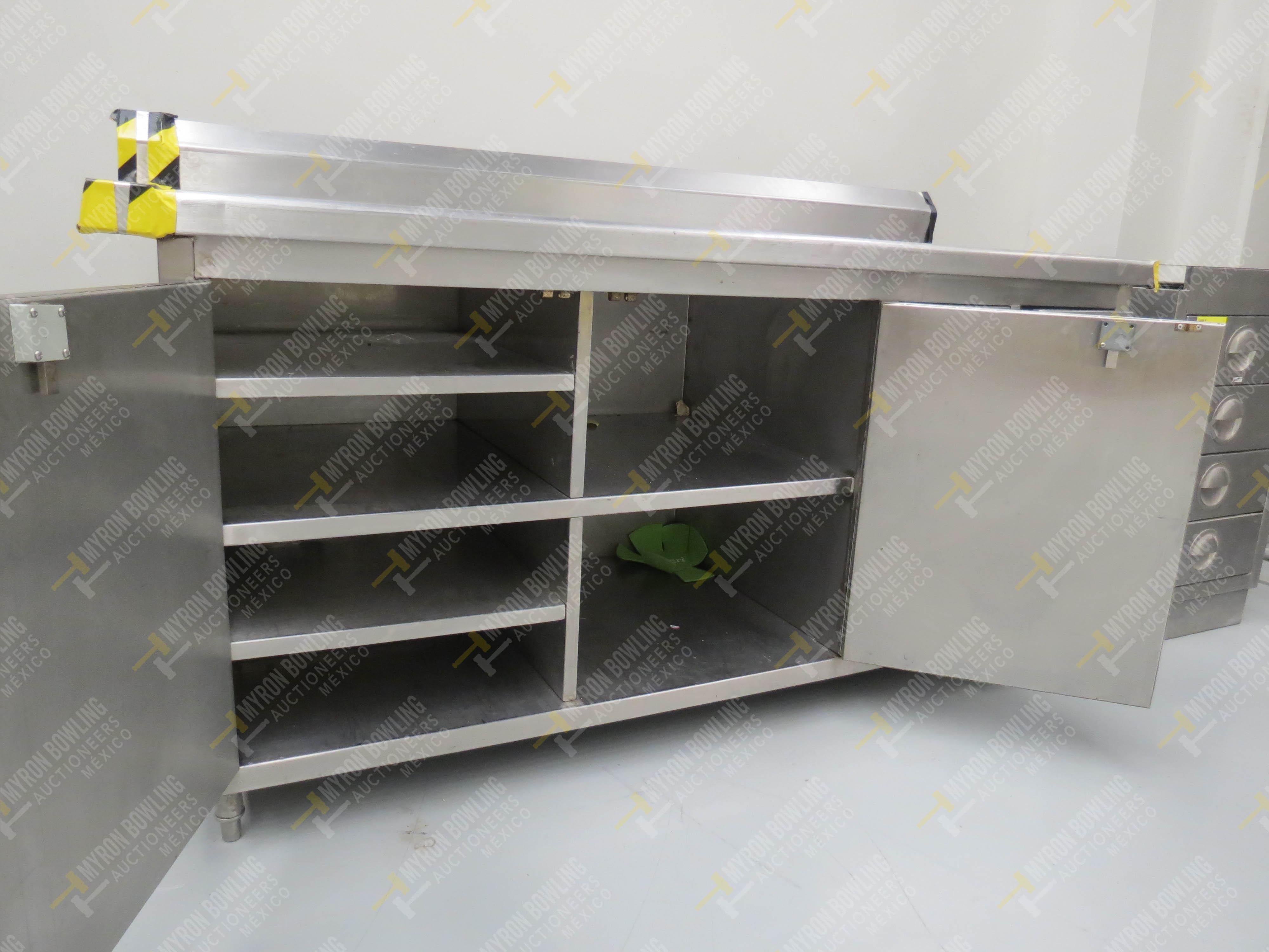 Estante en acero inoxidable con 4 cajones y dos puertas abatibles medidas 1.83 x .70 x .90 - Image 7 of 8