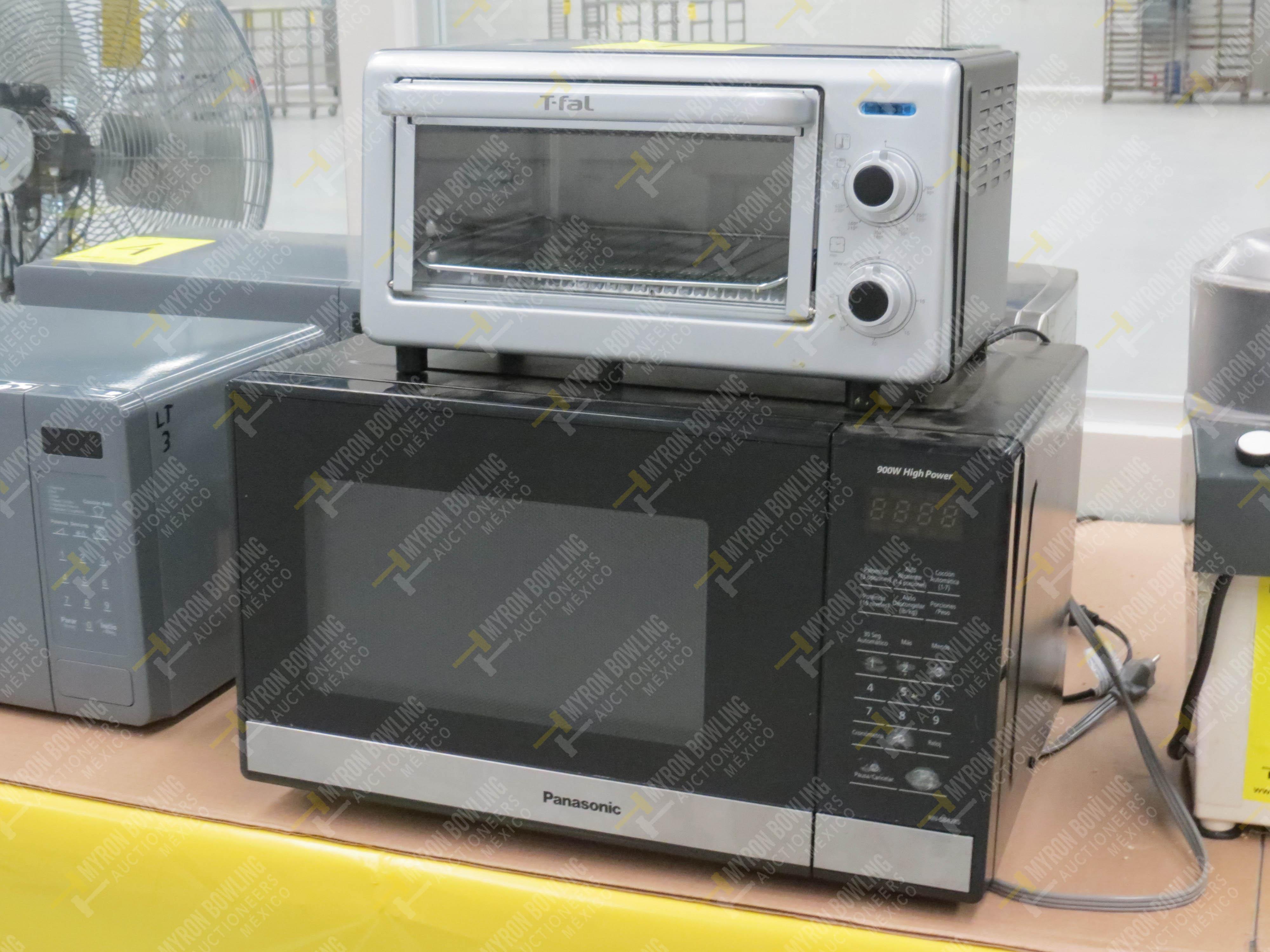 1 Horno eléctrico marca T-fal, Modelo OF160850 No. de Serie T066 y 1 Horno de microondas - Image 5 of 5