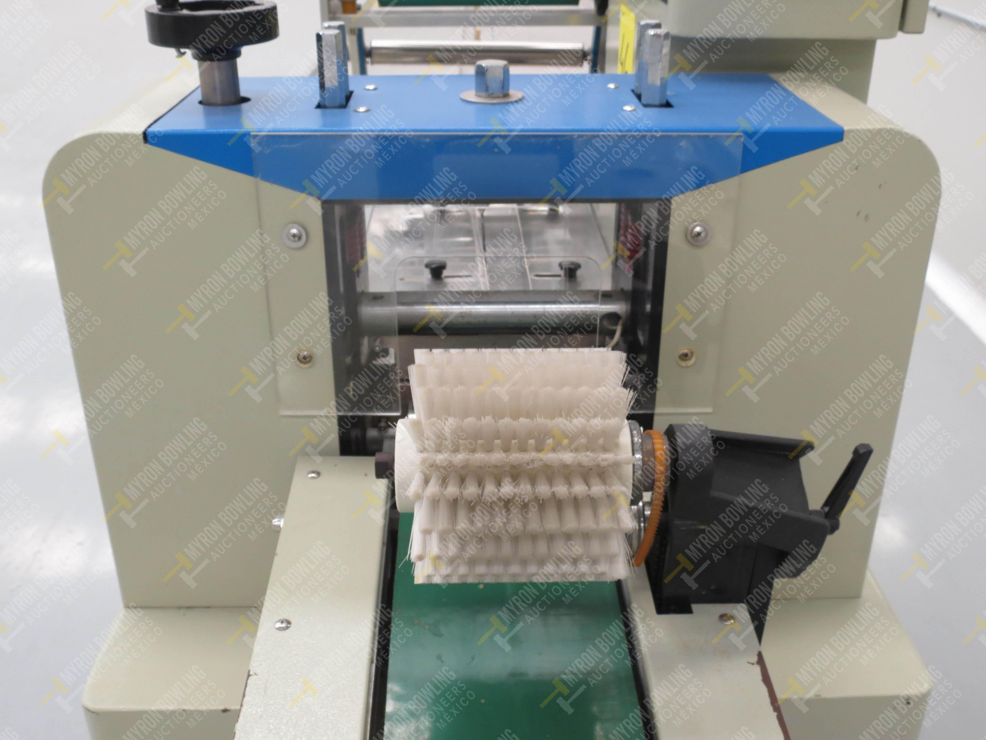 Máquina empacadora automática tipo almohadilla marca Shandong Saixin Inflating Machinery … - Image 8 of 9