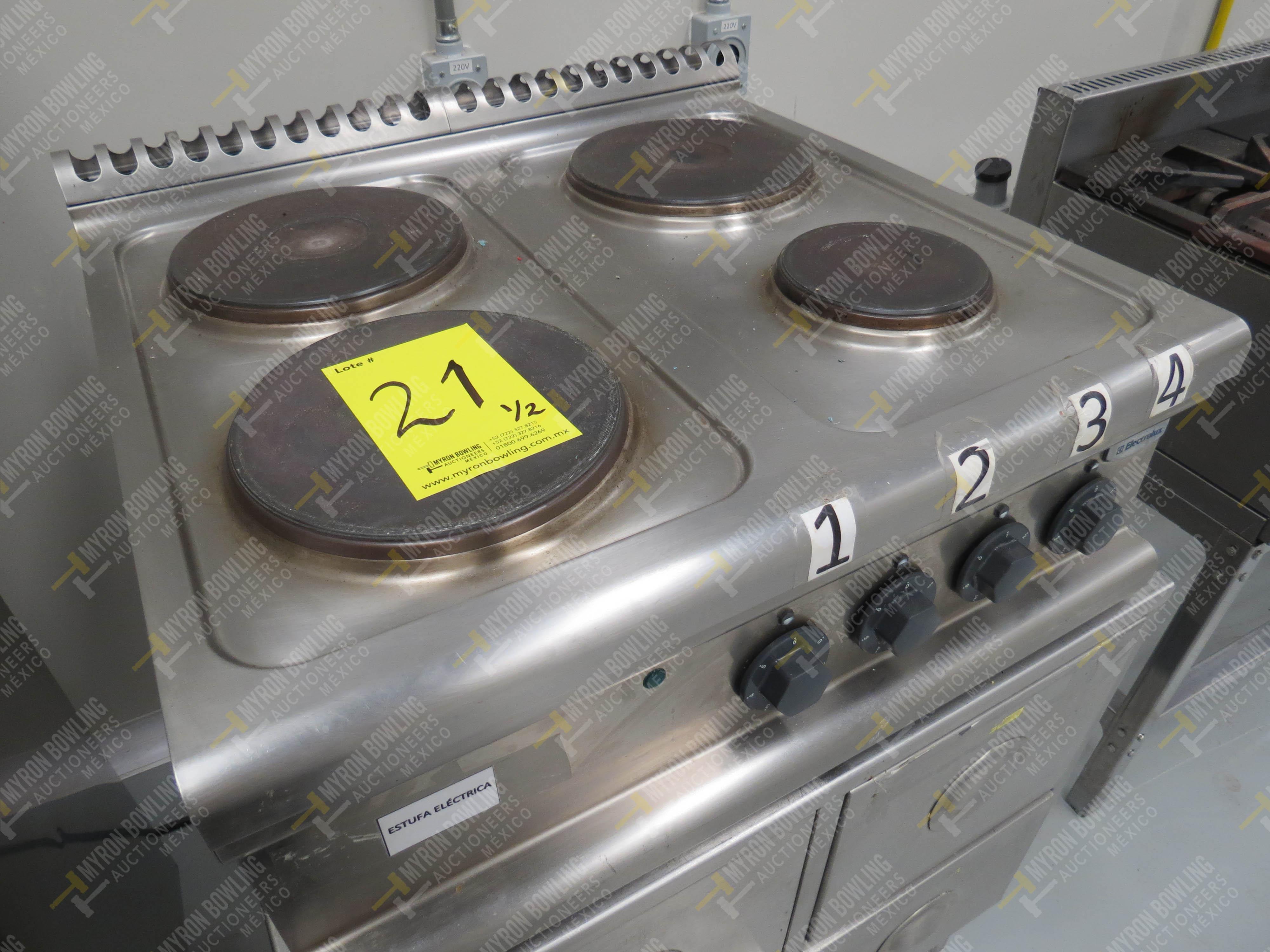 Estufa eléctrica de cuatro quemadores marca Electrolux de medidas 70 x 70 x 30 cm, … - Image 4 of 6