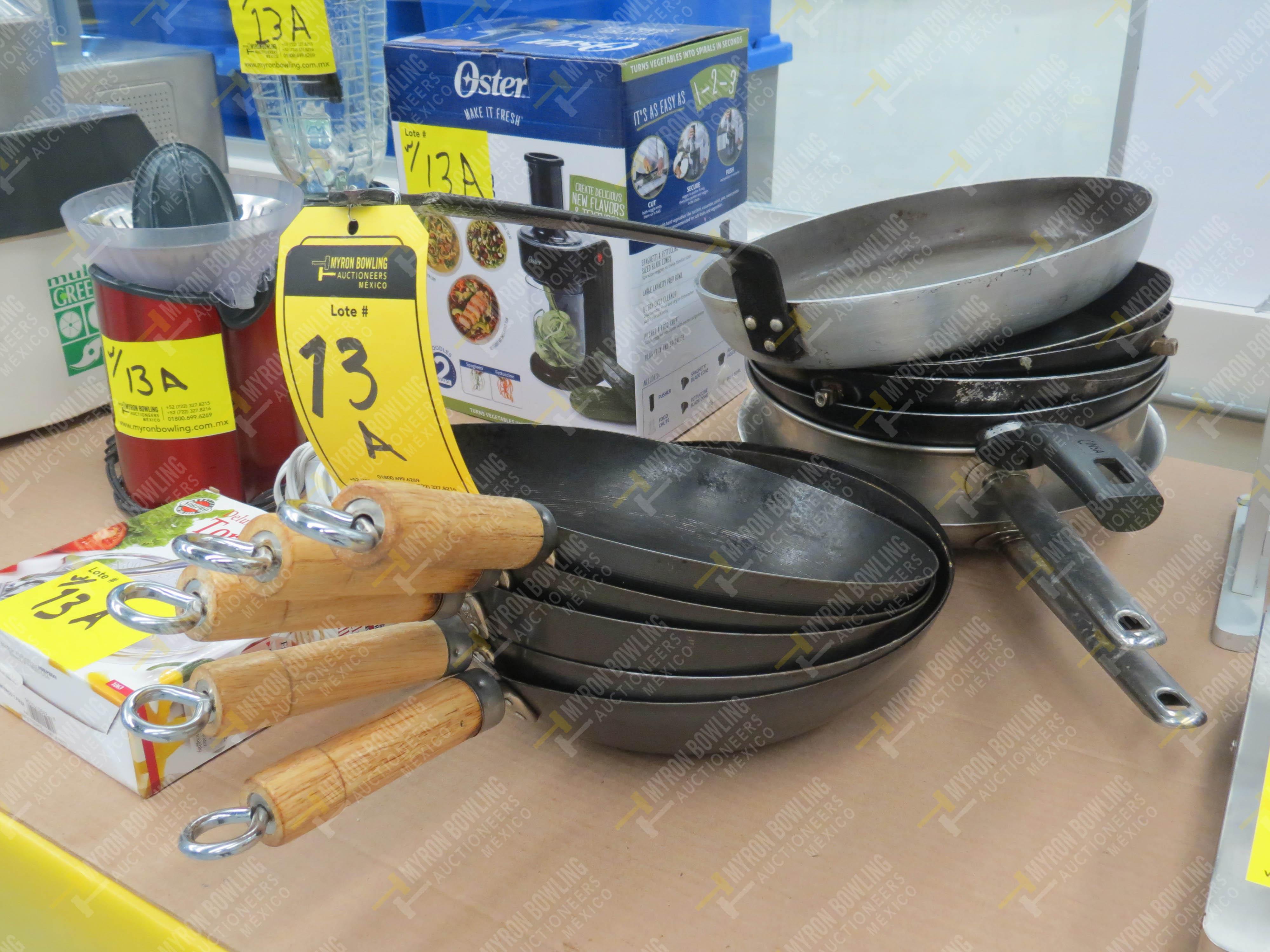 Artículos de cocina varios: extractor de jugos, 12 sartenes de diferentes capacidades - Image 3 of 8