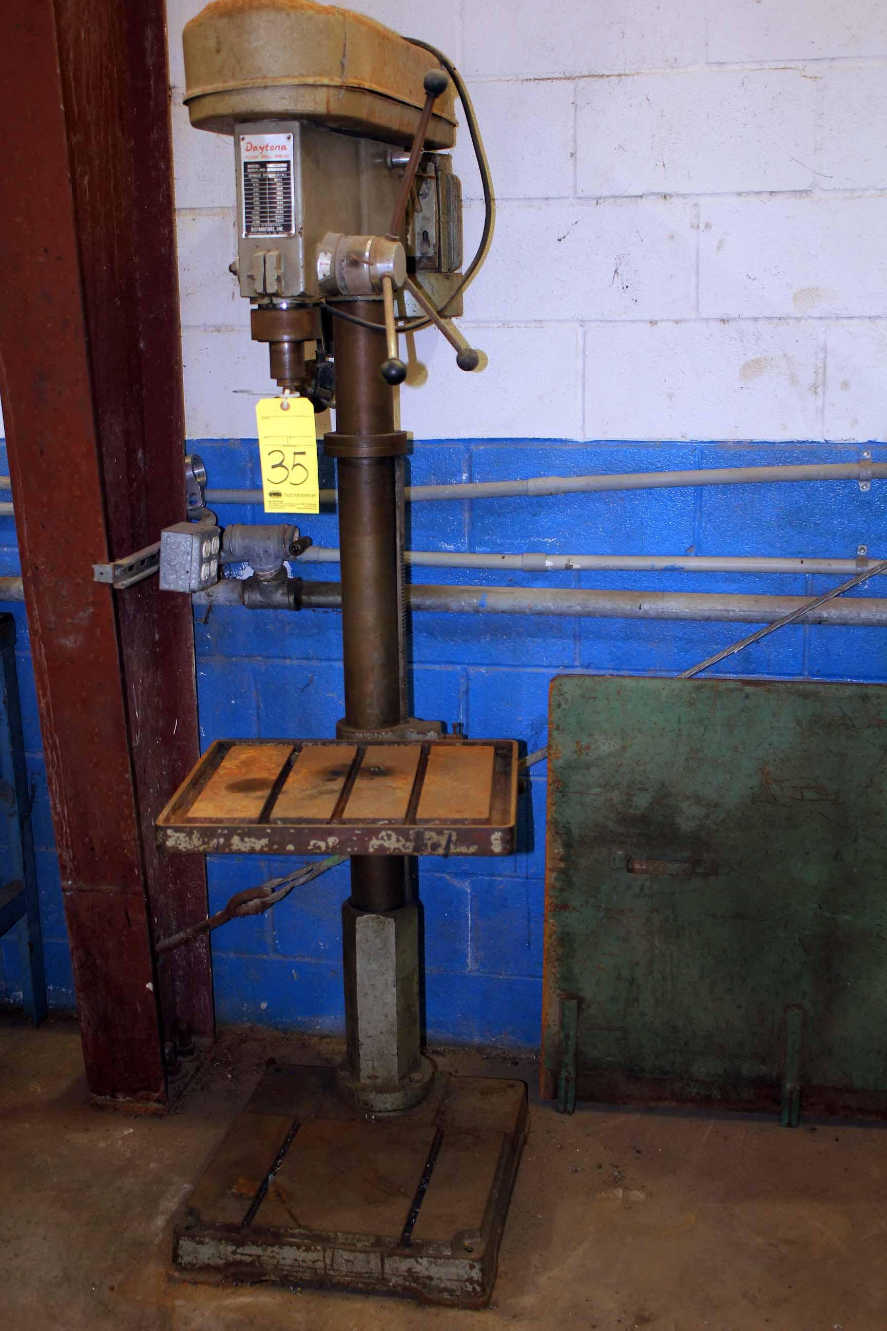 Lot 35 - FLOOR DRILL, DAYTONA MDL. 30MT4, S/N 07834