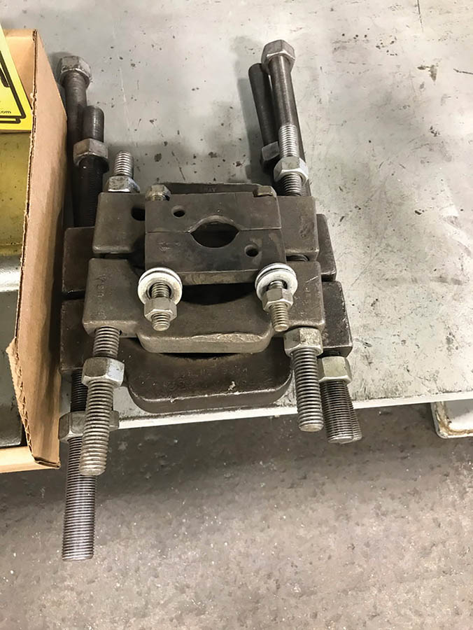 LOT OF ASSORTED GEAR PULLERS & BEARING SPLITTERS - Image 4 of 4