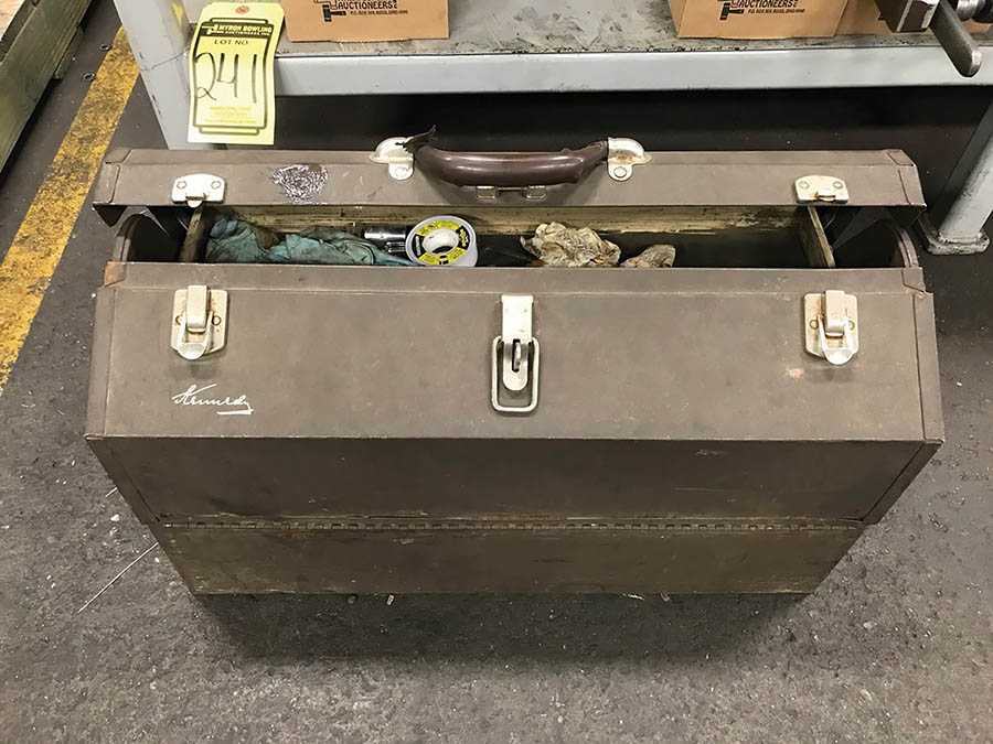 KENNEDY TOOLBOX W/ CONTENTS OF ASSORTED HAND TOOLS