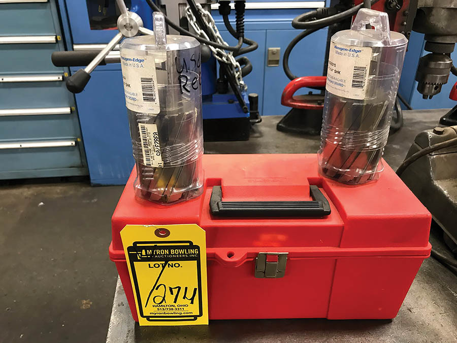 HOUGEN MAGNETIC BASE CORE DRILL, MODEL HMD933, 250/450 RPM, 115V, W/ TOOLING - Image 4 of 6