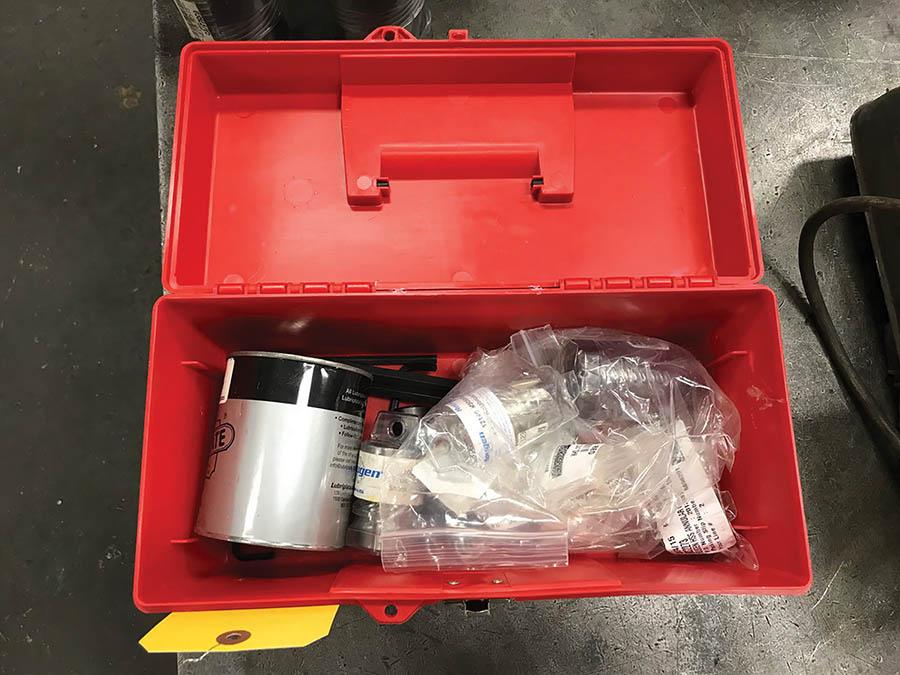 HOUGEN MAGNETIC BASE CORE DRILL, MODEL HMD933, 250/450 RPM, 115V, W/ TOOLING - Image 6 of 6