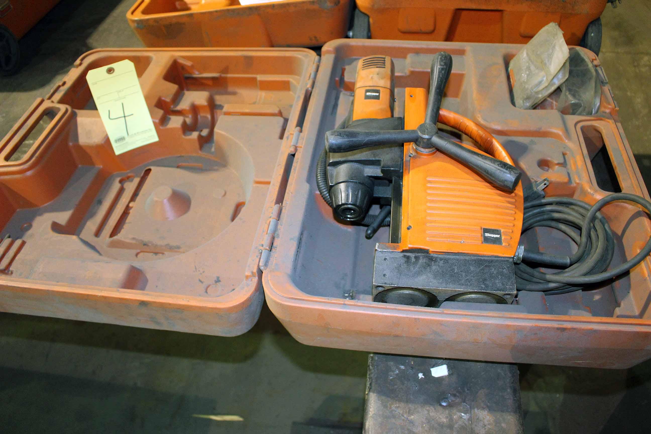 Lot 4 - MAGNETIC BASE DRILL, SLUGGER 1 MDL. JCM125Q