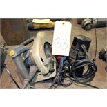 Lot 33 - LOT CONSISTING OF: wood tools, skillsaw, router, jig saw